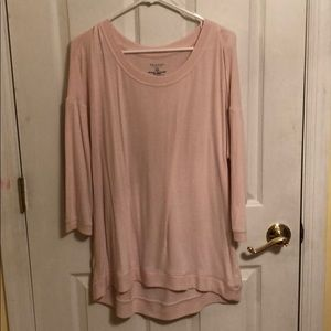 Light 3/4 sleeve sweater